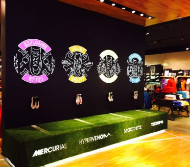 Nike visual merchandising and Store displays - Sign Works Img_4