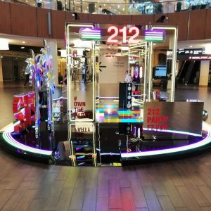 Carolina Herrera 212 Party Fever Pop-up shop Dubai Mall