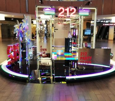 Carolina Herrera 212 Party Fever Pop-up shop Dubai Mall