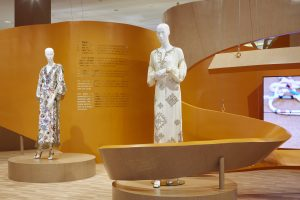 Tory Burch Pop-up by Sign Works Dubai Mall