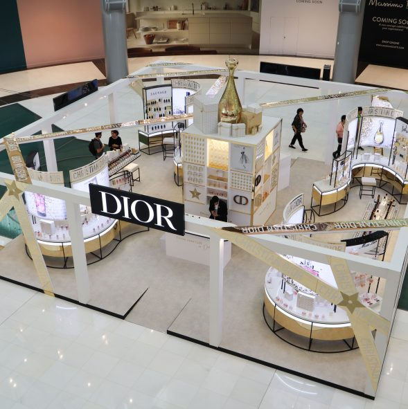 Christian Dior Parfums Pop-up by Sign Works